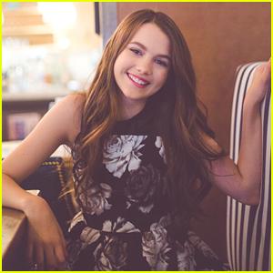 Chloe East2